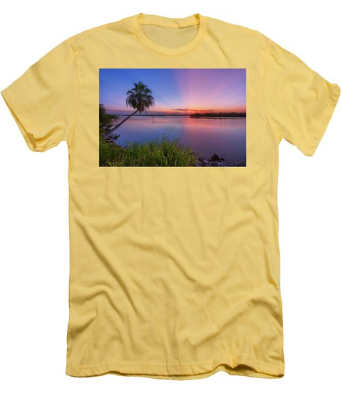 Indian River State Park Bursting Sunset Men's T-Shirt (Slim Fit) by Justin Kelefas