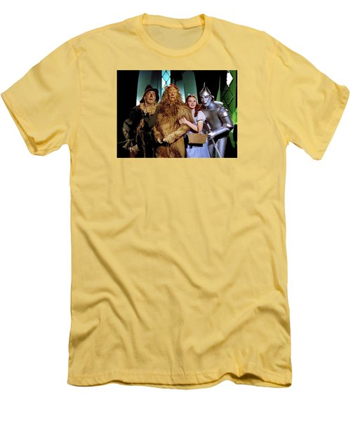 Judy Garland And Pals The Wizard Of Oz 1939-2016 Men's T-Shirt (Slim Fit) by David Lee Guss