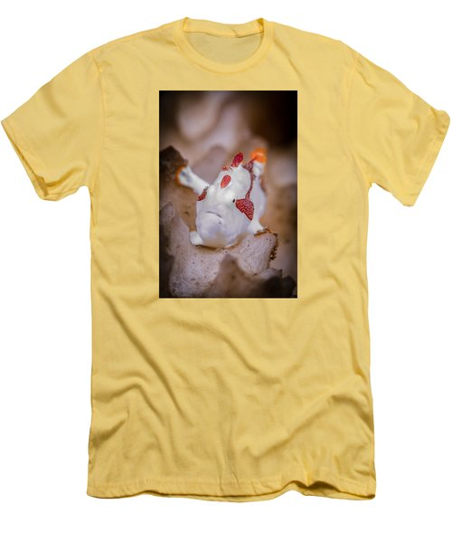Juvenile Warty Frogfish Men's T-Shirt (Athletic Fit)