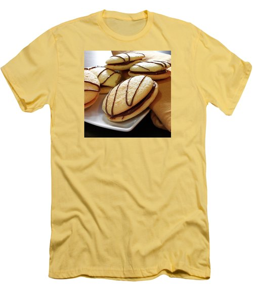 Merendine Yo-yo Con Nutella  Men's T-Shirt (Athletic Fit)