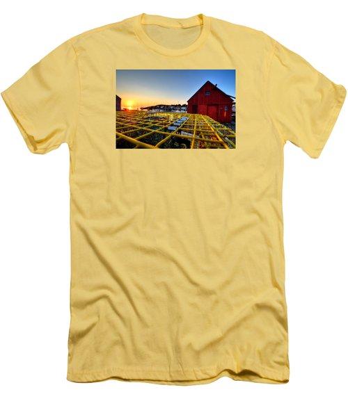 Motif 1 Lobster Trap Sunrise Men's T-Shirt (Athletic Fit)