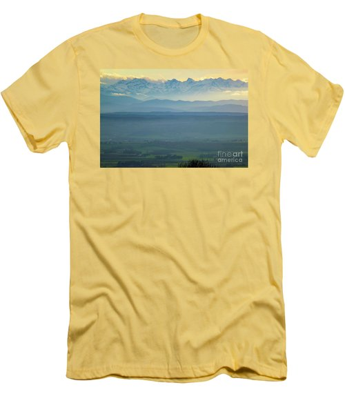Mountain Scenery 18 Men's T-Shirt (Athletic Fit)