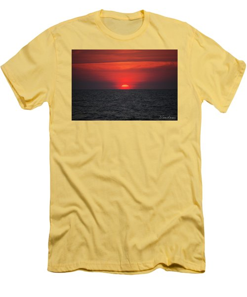 Myrtle Beach Sunrise 1 Men's T-Shirt (Athletic Fit)
