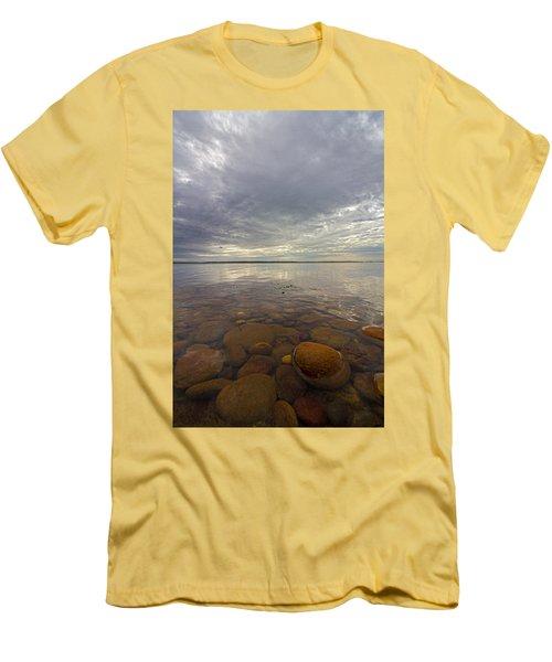 Napeague Bay Red Rocks Men's T-Shirt (Athletic Fit)