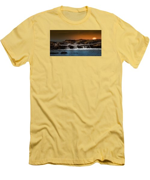 Palos Verdes Coast Men's T-Shirt (Slim Fit) by Ed Clark