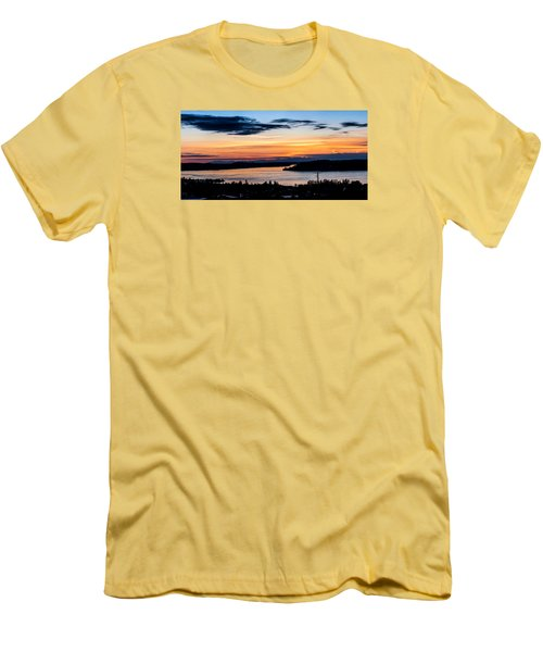 Panoramic Sunset Over Hail Passage  Men's T-Shirt (Slim Fit) by Rob Green