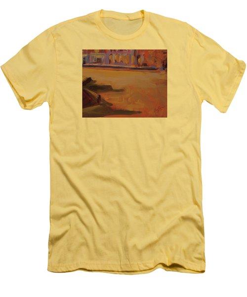 Queen Emma Square Detail Men's T-Shirt (Athletic Fit)