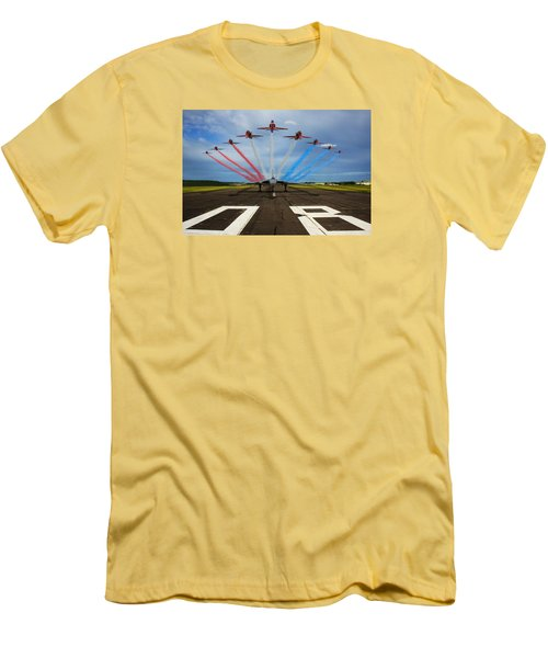 Red Arrows Tribute To Vulcan Xh558 Men's T-Shirt (Athletic Fit)
