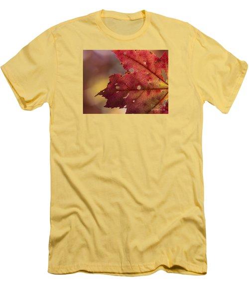 Red Leaf Men's T-Shirt (Athletic Fit)