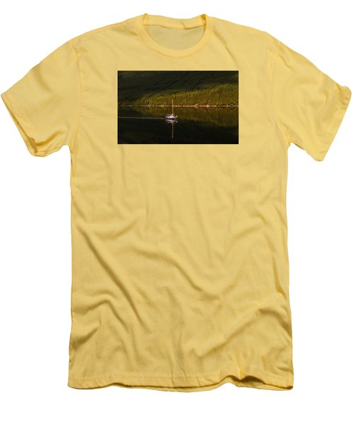 Sailboat In Sun Men's T-Shirt (Athletic Fit)