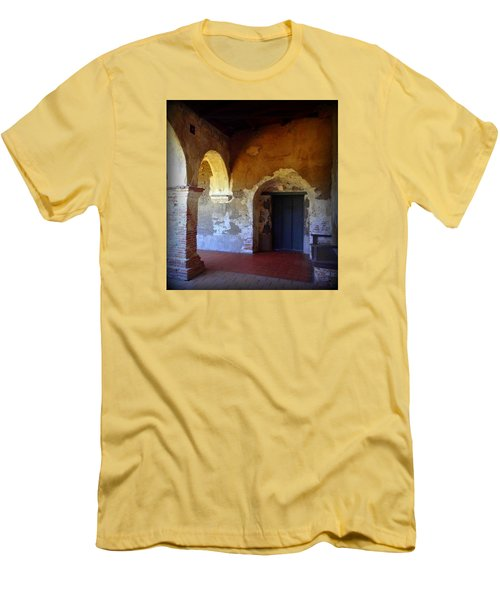 San Juan Capistrano Mission Men's T-Shirt (Athletic Fit)