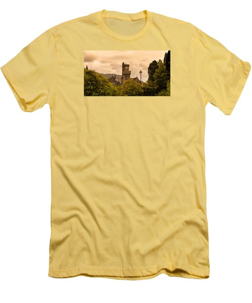 Scottish Abbey Men's T-Shirt (Athletic Fit)