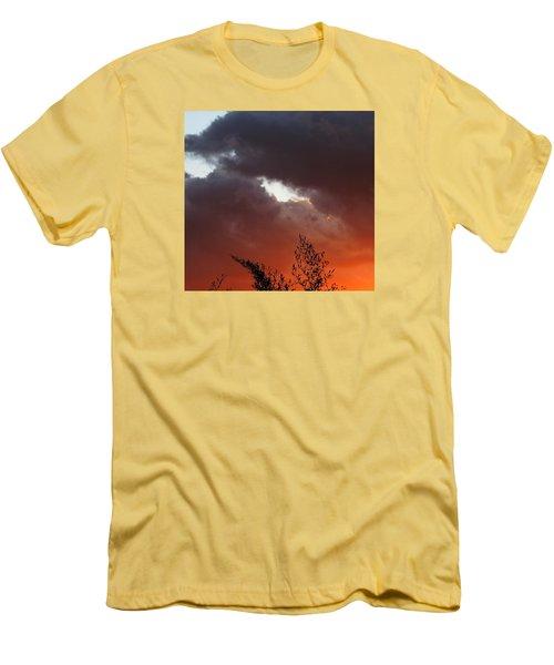 Sever Men's T-Shirt (Athletic Fit)