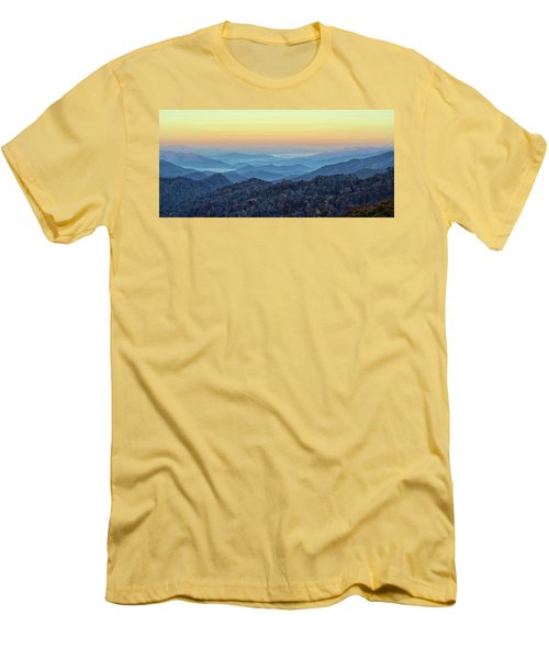 Smoky Mountains Men's T-Shirt (Slim Fit)