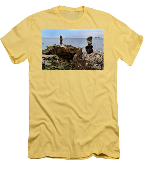 Southport Rock Art Men's T-Shirt (Athletic Fit)