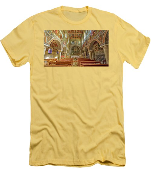 St Stephen's Basilica Men's T-Shirt (Slim Fit) by Uri Baruch