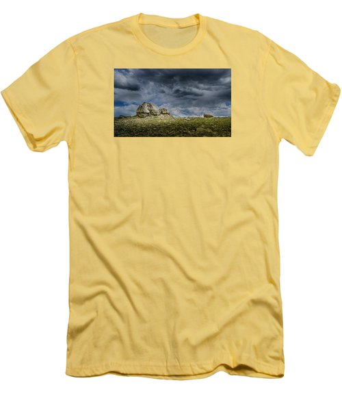 Stormy Peak 1 Men's T-Shirt (Athletic Fit)