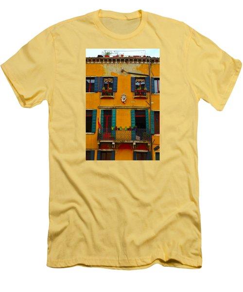 Street Scene Venice Men's T-Shirt (Athletic Fit)