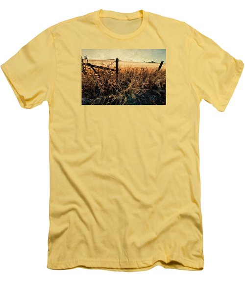 Men's T-Shirt (Slim Fit) featuring the photograph Summertime Country Fence by Steve Siri