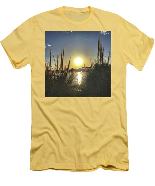 Sunset @ Copper Sky Men's T-Shirt (Athletic Fit)