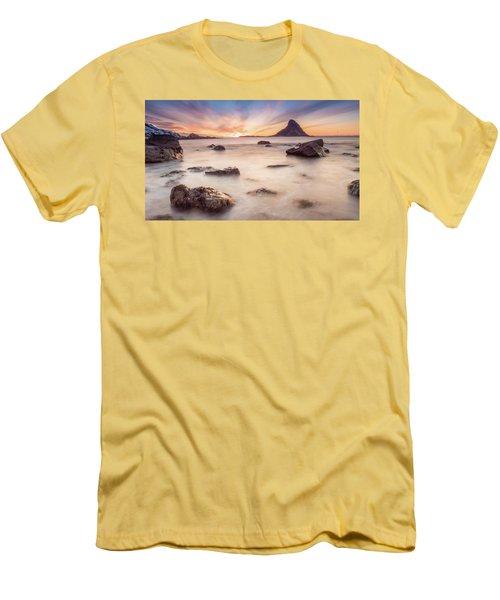 Sunset At Bleik Men's T-Shirt (Athletic Fit)