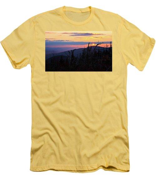 Sunset From Caps Ridge, Mount Jefferson Men's T-Shirt (Athletic Fit)