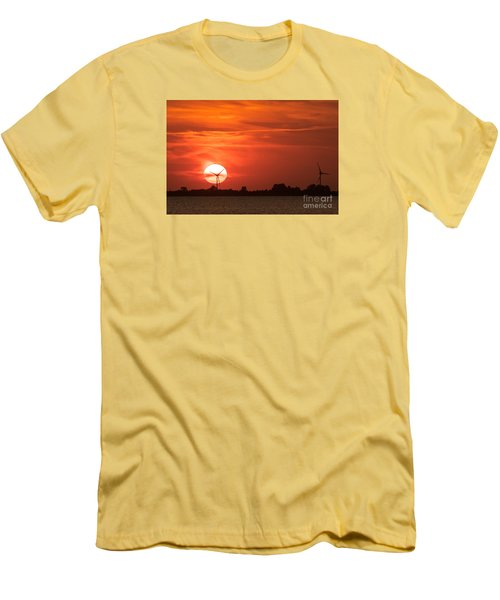 Sunset Husum Men's T-Shirt (Athletic Fit)