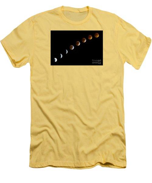 Super Blood Moon Time Lapse Men's T-Shirt (Slim Fit) by Jennifer White