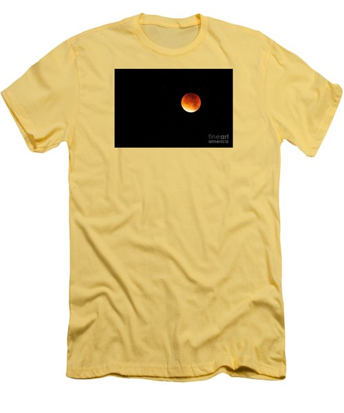 The 2015 Blood Moon  Men's T-Shirt (Athletic Fit)
