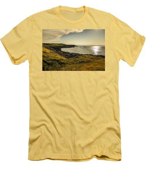 Thinking Sunset Men's T-Shirt (Slim Fit) by Will Burlingham