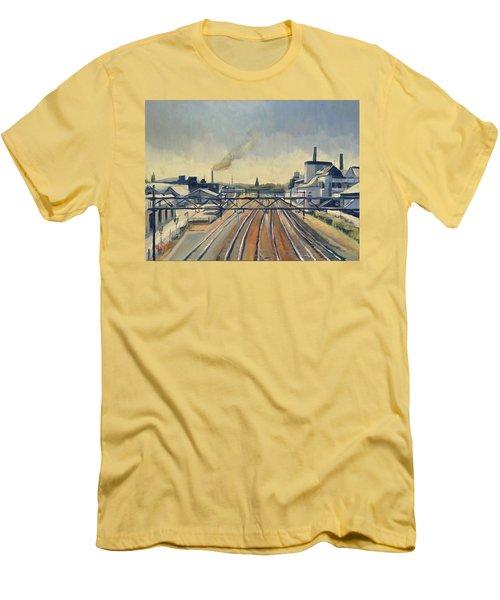 Train Tracks Maastricht Men's T-Shirt (Athletic Fit)