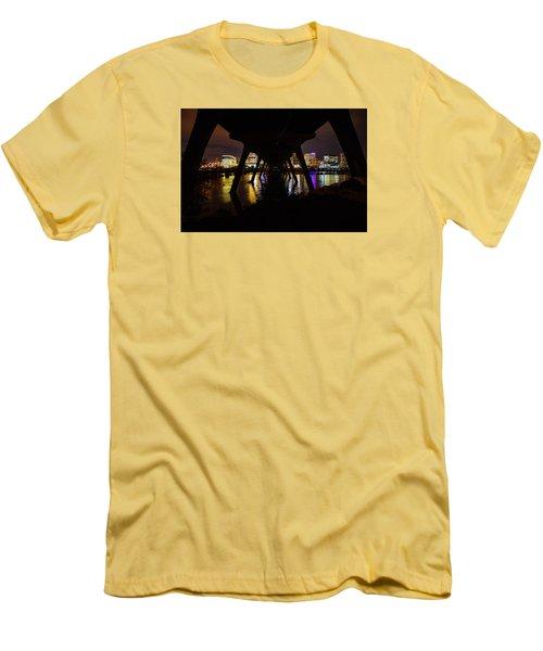 Under The Manchester Bridge Men's T-Shirt (Athletic Fit)
