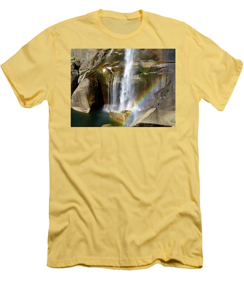 Vernal Falls Mist Trail Men's T-Shirt (Athletic Fit)