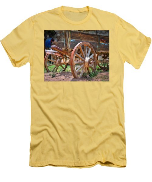 Wagons Ho Men's T-Shirt (Athletic Fit)