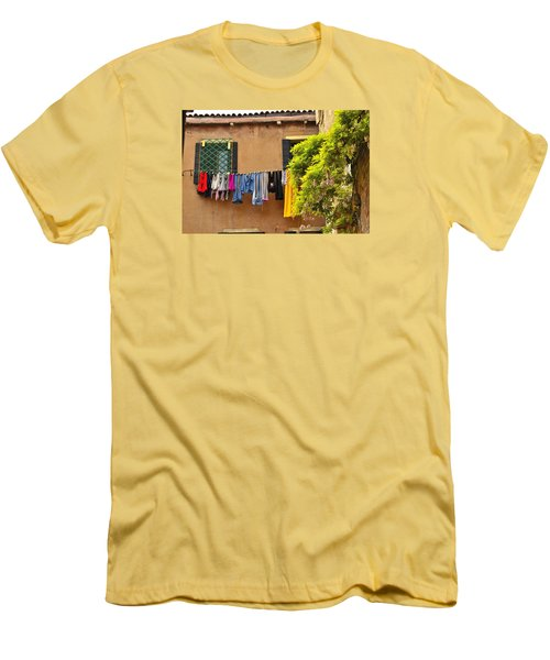 Wash Day In Venice Men's T-Shirt (Athletic Fit)