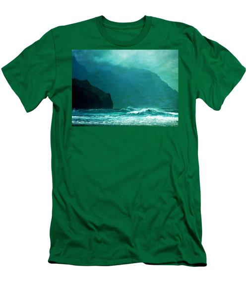 Na Pali Coast Men's T-Shirt (Athletic Fit)