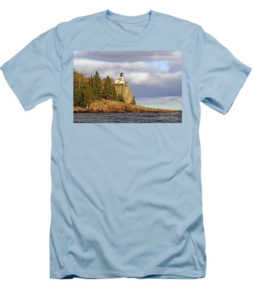 0376 Split Rock Lighthouse Men's T-Shirt (Athletic Fit)