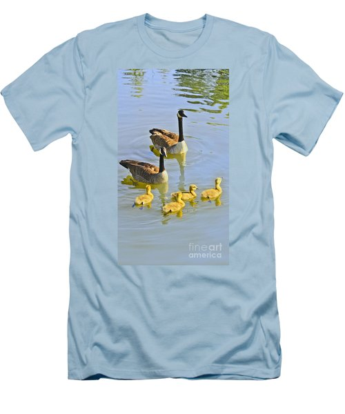 Canadian Goose Family Men's T-Shirt (Athletic Fit)