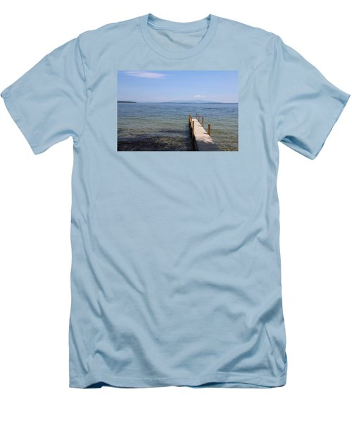 Lake Winnipesaukee Men's T-Shirt (Athletic Fit)