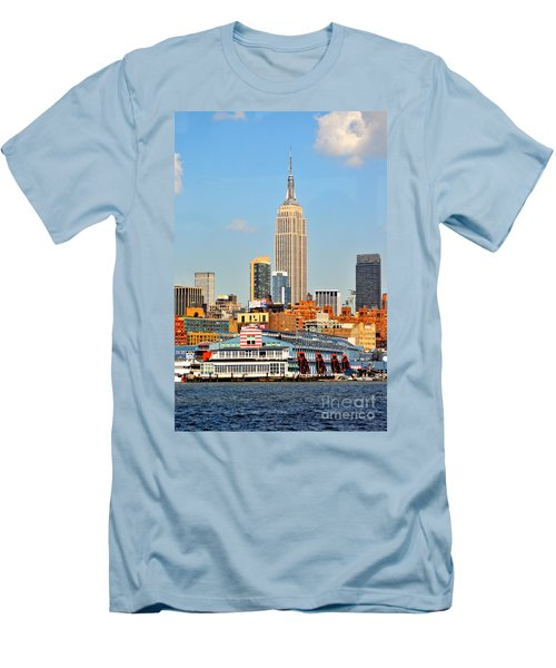 New York City Skyline With Empire State Men's T-Shirt (Athletic Fit)
