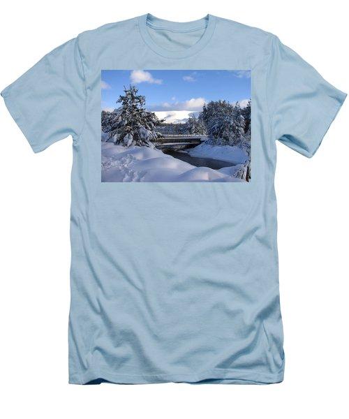 A Bridge In The Snow Men's T-Shirt (Athletic Fit)