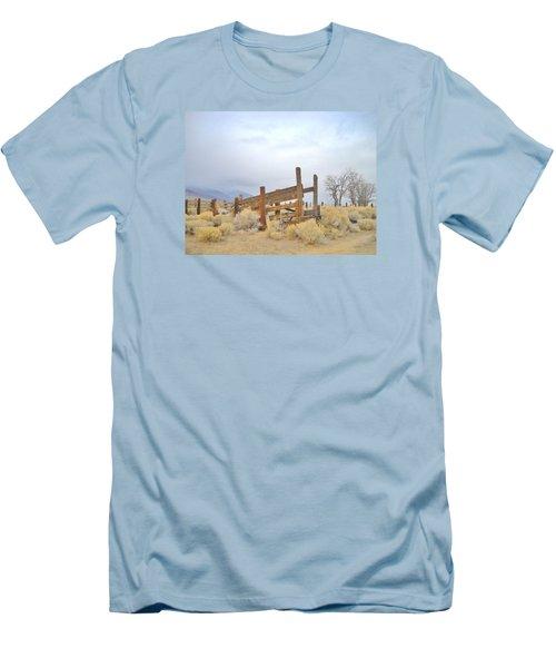 A Cowboys Echo Men's T-Shirt (Athletic Fit)