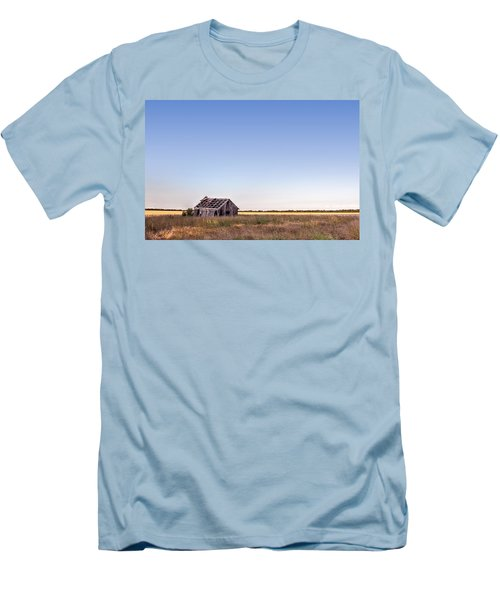 Abandoned Farmhouse In A Field Men's T-Shirt (Athletic Fit)
