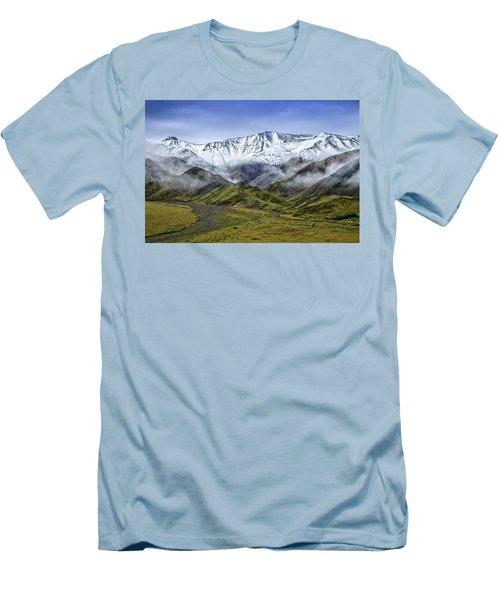 Alaskan Dream Men's T-Shirt (Athletic Fit)