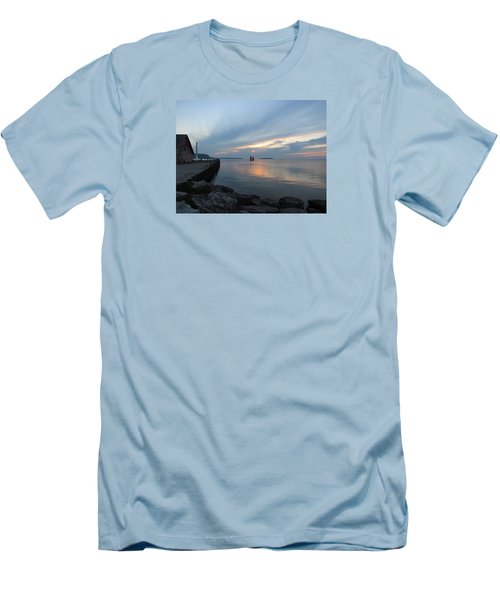 Anderson Dock Sunset Men's T-Shirt (Slim Fit) by David T  Wilkinson