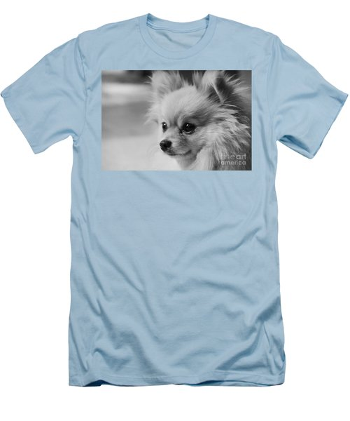 Black And White Portrait Of Pixie The Pomeranian Men's T-Shirt (Athletic Fit)
