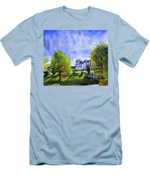 Blair Castle Bridge Scotland Men's T-Shirt (Athletic Fit)