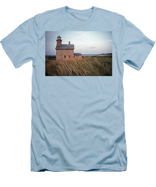 Block Island North West Lighthouse Men's T-Shirt (Athletic Fit)