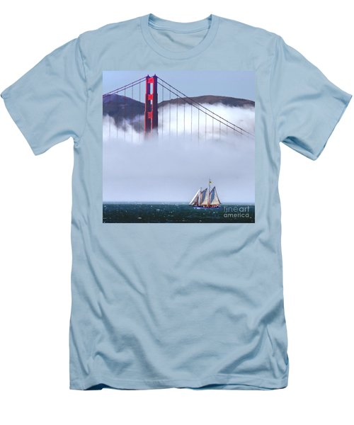 Bridge Sailing Men's T-Shirt (Athletic Fit)