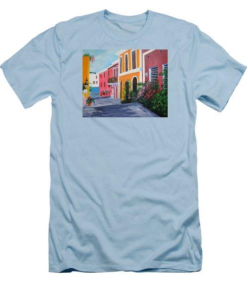Callejon En El Viejo San Juan Men's T-Shirt (Athletic Fit)